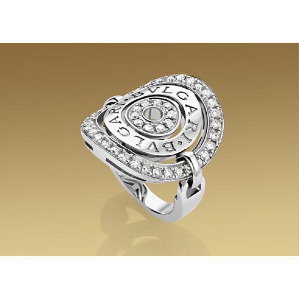 Кольцо Bulgari Astrale, белое золото, бриллианты