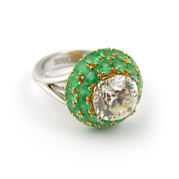 Кольцо Boucheron белое золото 750, бриллиант, изумруды