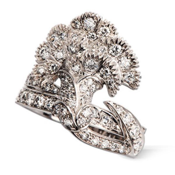 Кольцо Carrera y Carrera Claveles, белое золото, бриллианты