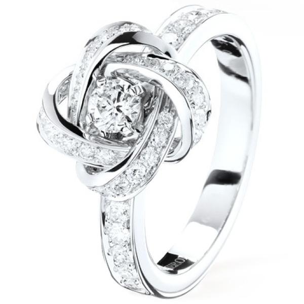Кольцо Boucheron Pivoine, белое золото, бриллиант