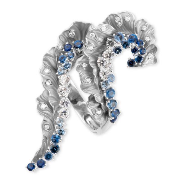 Кольцо Magerit Gea Aurea, белое золото, бриллианты, сапфиры, агаты