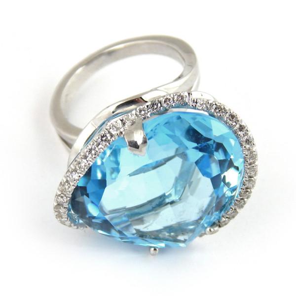 Кольцо Crivelli, белое золото 750, бриллианты, топаз