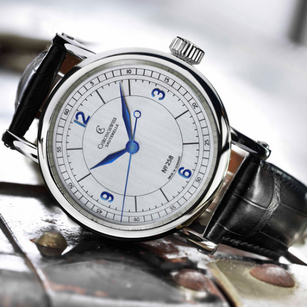 Chronoswiss watches Sauterelle 70