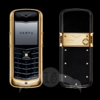 Vertu Constellation 18-каратное жёлтое золото, чёрная кожа, керамика