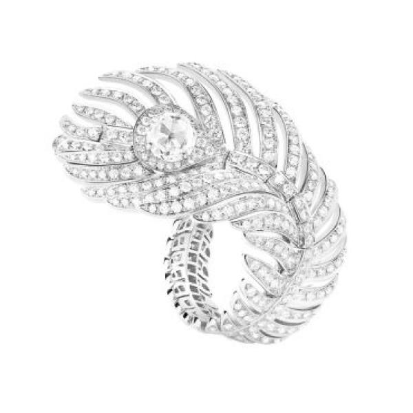 Кольцо Boucheron Plume de Paon, белое золото, бриллианты