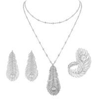 Набор Boucheron Plume de Paon, белое золото, бриллианты