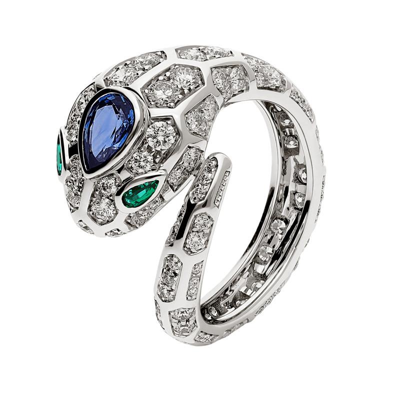 Кольцо Bvlgari Serpenti, белое золото, бриллианты, сапфир, изумруды